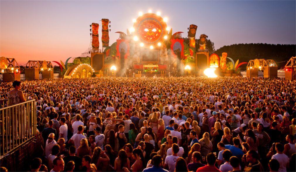 Музыкальный фестиваль «Lowlands» в Биддингхёйзене 4236d429ed39e224f4706681d1f4e5ac.jpg