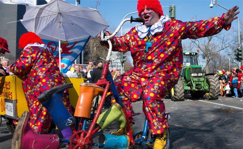 Дюссельдорфский карнавал 4247e219ba2b5f6c95f6d3d1c46b9d01.jpg