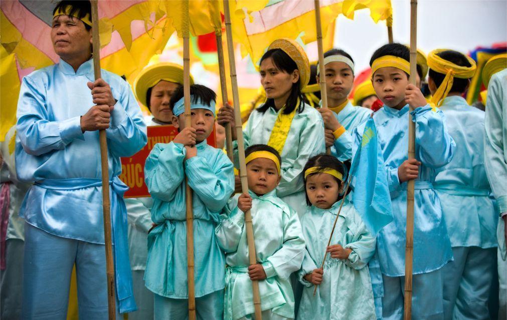 Фестиваль Чу Донг Ту  в Хынг Йен 44335d3938122e2f34a595f442a5de58.jpg