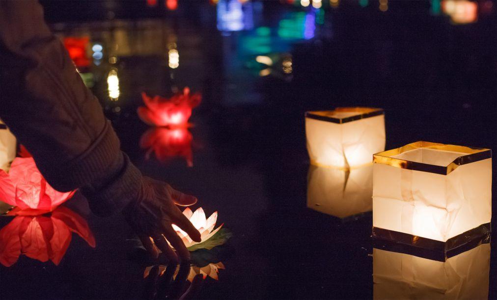 Фестиваль водных фонариков в Санкт-Петербурге 463b0c4e4efa2070ef28324bef29b31d.jpg