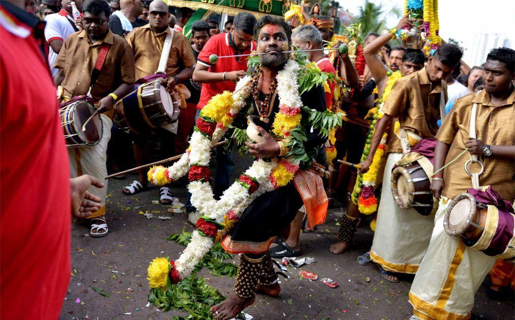 Фестиваль Тайпусам в Куала-Лумпуре 4832e144069404a20398a30d8934ae7a.jpg
