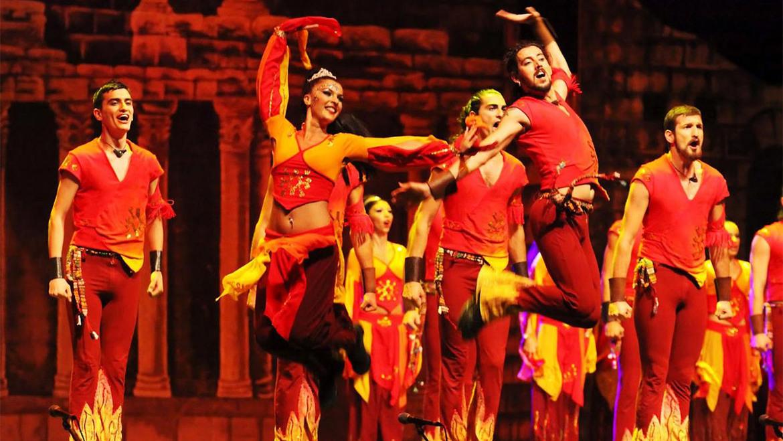 Танцевальное шоу «Огни Анатолии» в Турции 4ca27ce5654d609c51a917f17fb93c9e.jpg