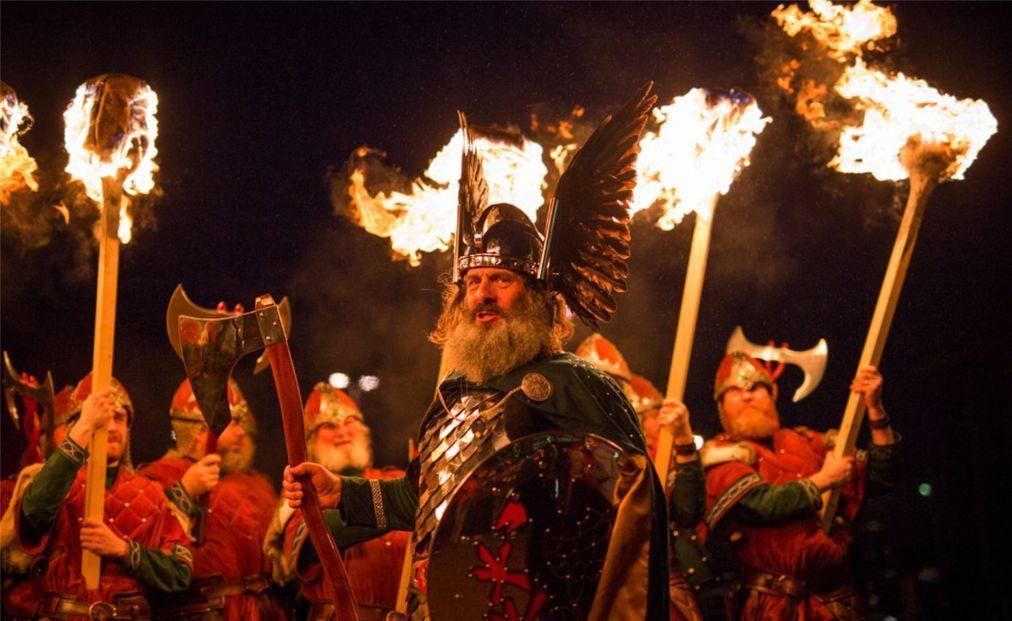 Фестиваль викингов «Up Helly Aa» в Леруике 4cb27c6ac2b4de8988c73e1eb7ef6de0.jpg