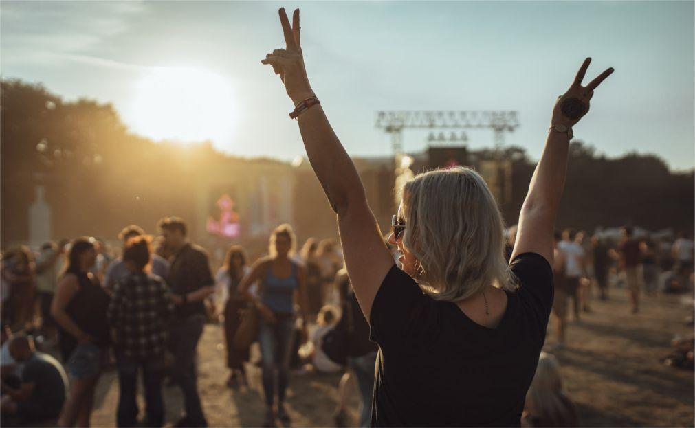 Музыкальный фестиваль Lollapalooza в Берлине 4dcfd3a4c7fec3f63f6e7d2c589999d1.jpg