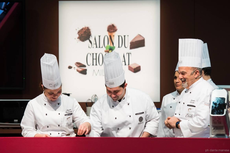 Международная выставка Salon du Chocolat в Париже 4f6a197aa1a0b8be0ae6efc1546ca1b3.jpg