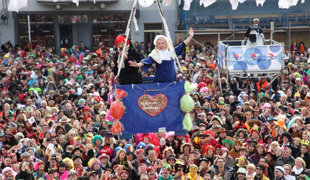 Карнавал в Бонне 4f878ddfc4aa529debb3193d88c0a5c7.jpg