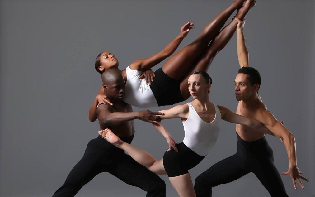Балтийский международный фестиваль балета в Риге 5339179ec7972f35889588c3d96e363b.jpg