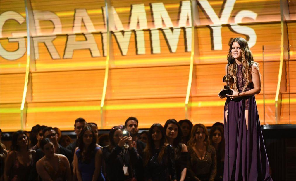 Церемония вручения премии «Грэмми» в США 539361bbdbed47491572e2e50e934964.jpg