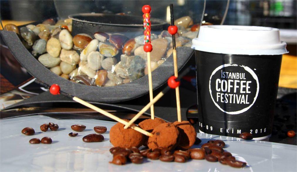Стамбульский фестиваль кофе 55624f1e7fd10576e92c6b87a6b685c2.jpg