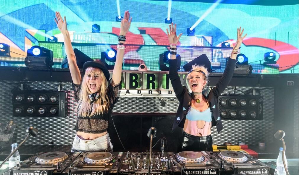 Музыкальный фестиваль Medusa Sun Beach в Валенсии 55d8229e2938b3515db7e29b9d53c02d.jpg