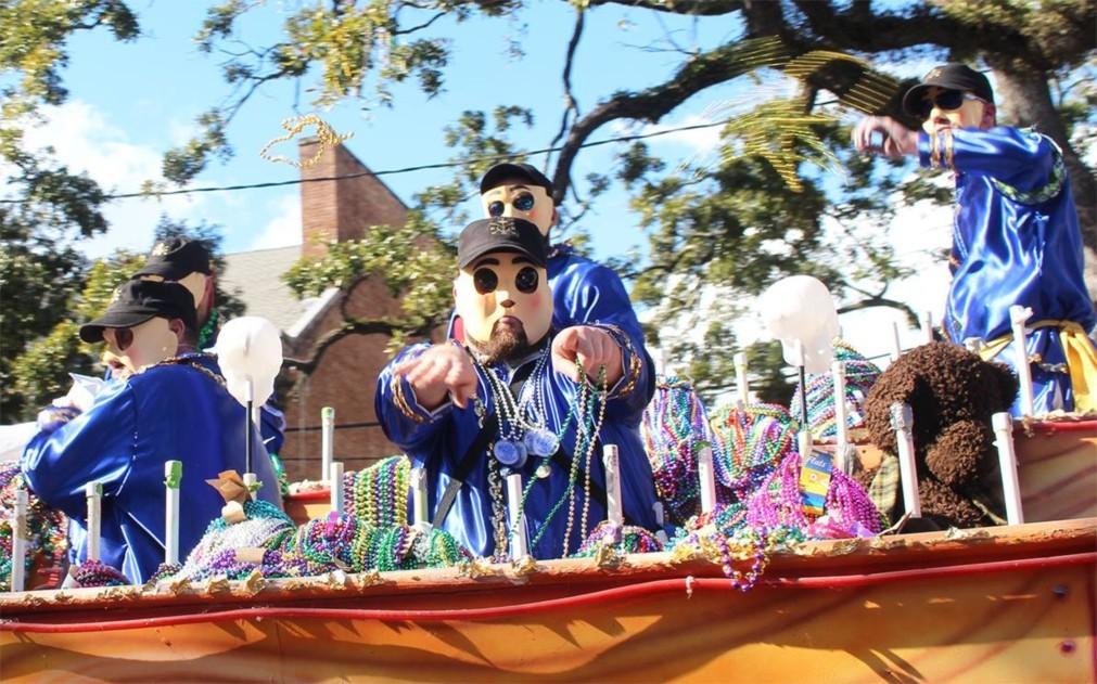 Карнавал Марди Гра в Мобиле 58f2cd4a33386884e03460c8adf97cb3.jpg