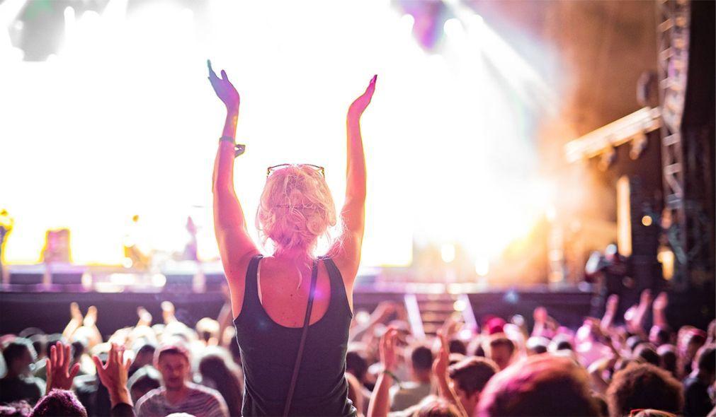 Музыкальный фестиваль «Rock in Vienna» в Вене 58f316f7f5a5bd4c9c75ecd91dc31e0c.jpg
