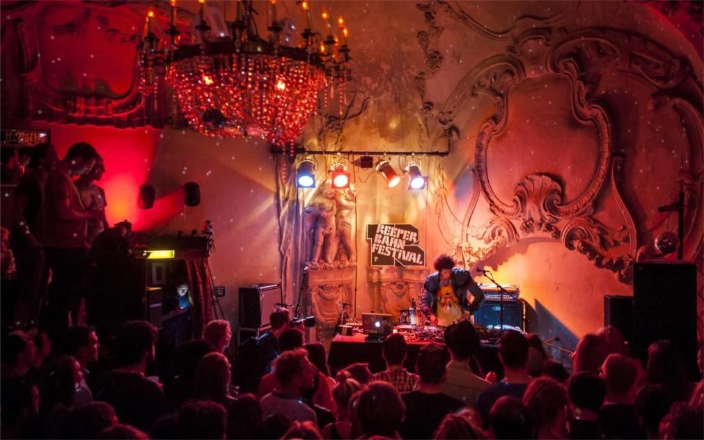 Музыкальный фестиваль «Репербан» в Гамбурге 5d373091842fcd3d1e1a4018fa52f886.jpg