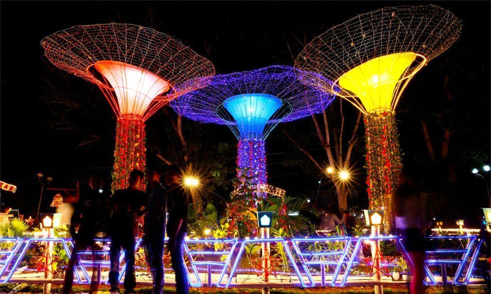Фестиваль гигантских фонарей в Сан-Фернандо 5e8c1120a16ba78b9b3d43049f5041e4.jpg