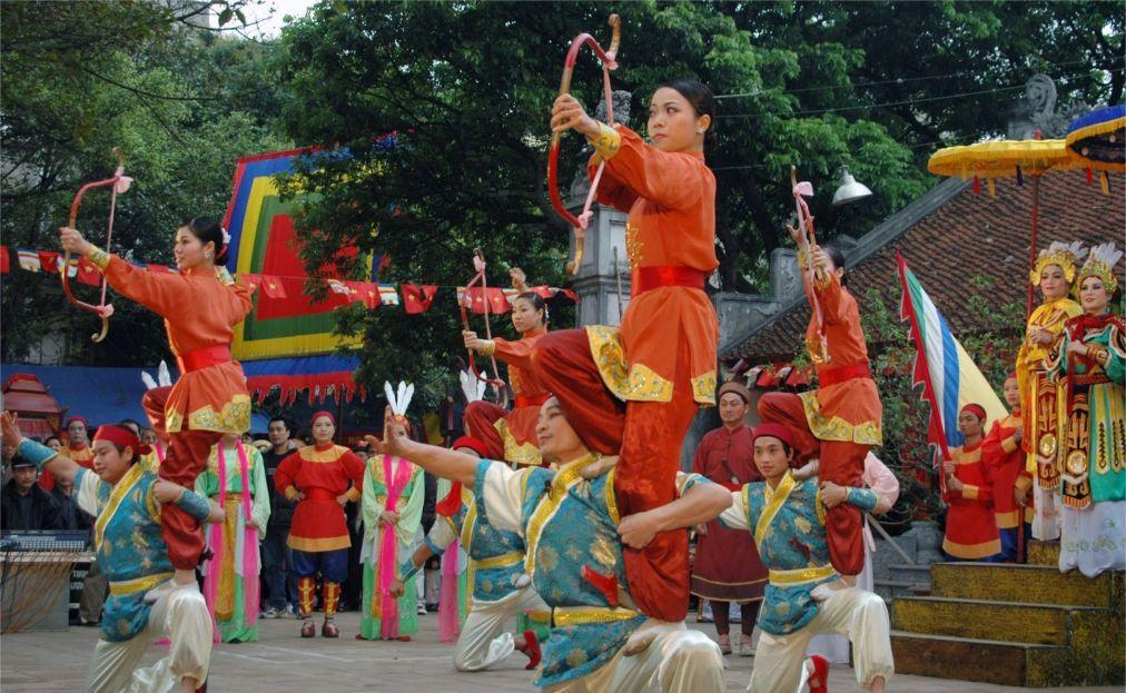 Фестиваль сестер Чынг в Ханое 60cbc61f60e9cdae3ddef038e7075479.jpg