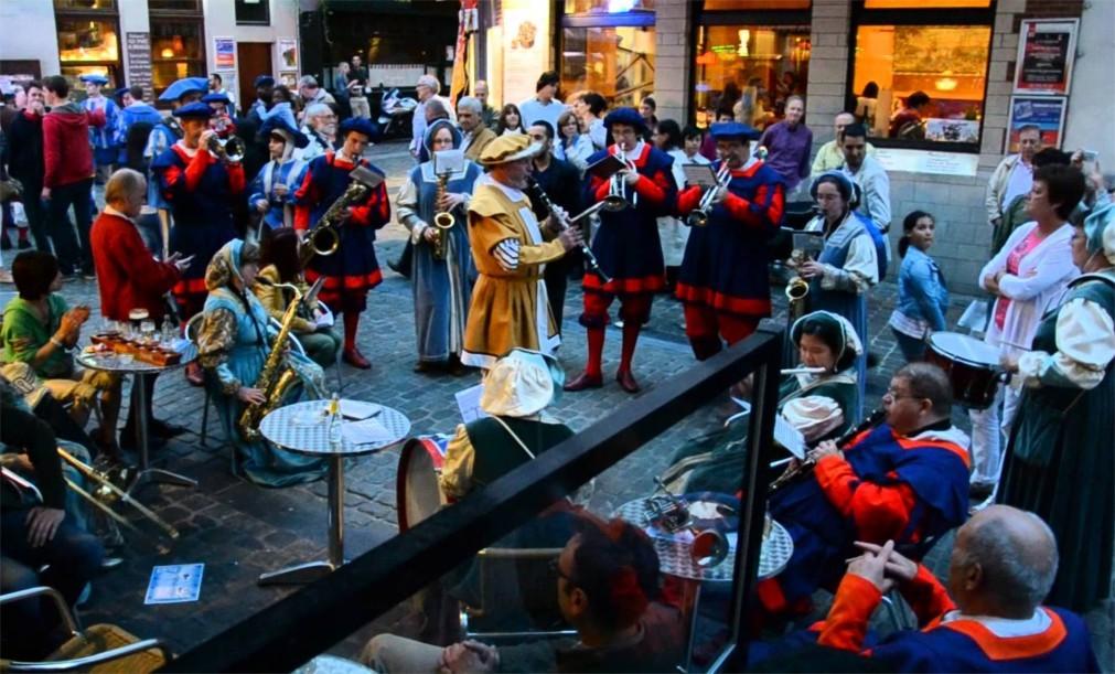 Историческое шествие «Оммеганг» в Брюсселе 65096d8d1eec939015227c6594d4d599.jpg