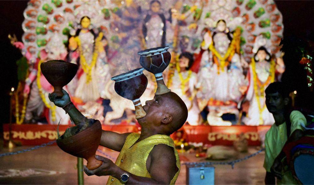Фестиваль Дурга-Пуджа в Колкате 65ad7255ae1dec358dae7839aac4b96a.jpg