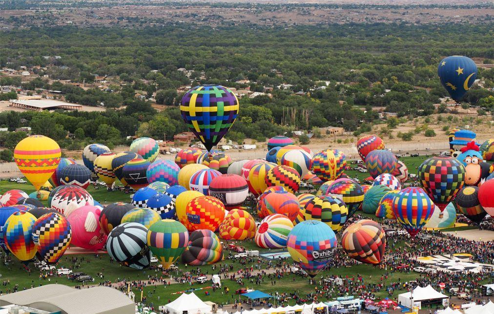 Фестиваль воздушных шаров в Канберре 66cbbf54ac6c4abbc0f002d258483676.jpg