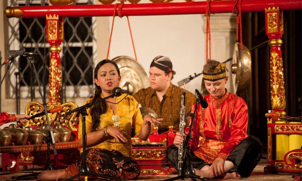 Международный фольклорный фестиваль в Загребе 69ae1c155207cc41f83d61d235c5d59f.jpg