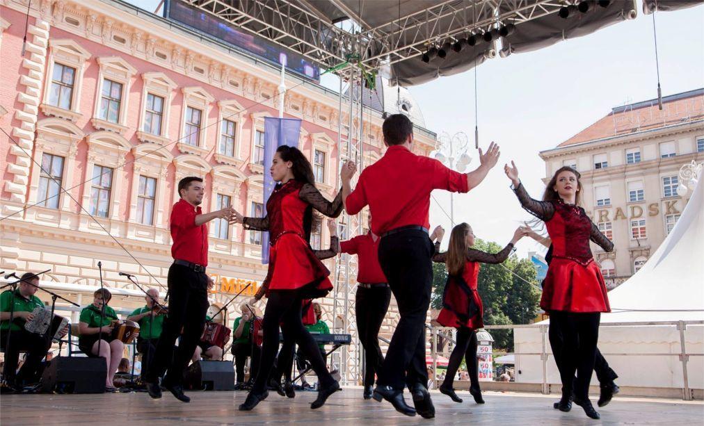 Международный фольклорный фестиваль в Загребе 6cc8e7d35566aadbf50f91cc2627d4ef.jpg