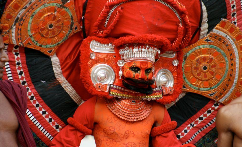 Фестиваль Тейям в Керале 6dec979ee31f7bc2d16dec1ae77ddf18.jpg