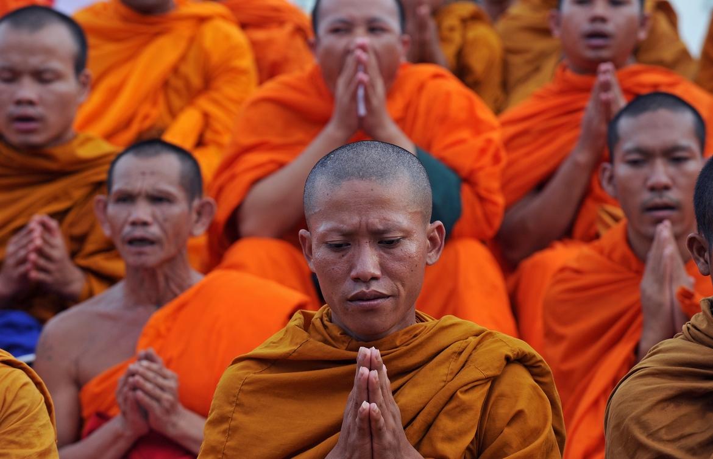 Новогодние молитвы в буддийских храмах Бангкока 6eab808873c977b4907f3f9ef1e00ff9.JPG