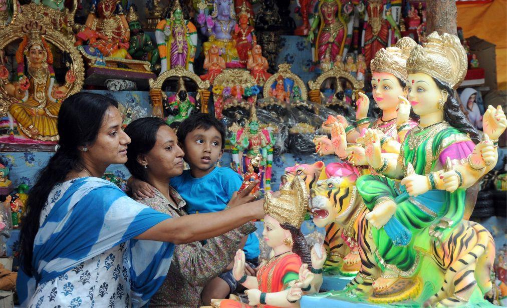 Праздник Наваратри в Мумбаи 6ecd0d9ce56a9918b8fb9cdd6876341b.jpg