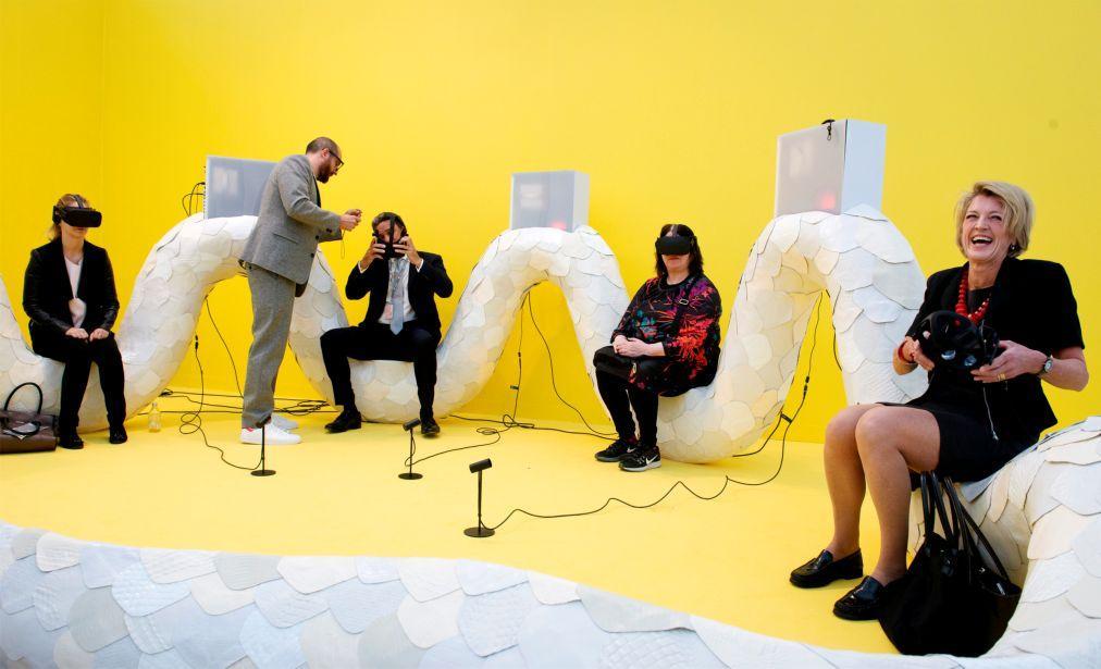 Ярмарка современного искусства Frieze Лондоне 6ed8b86563a48602ddcd43fb03a7b861.jpg