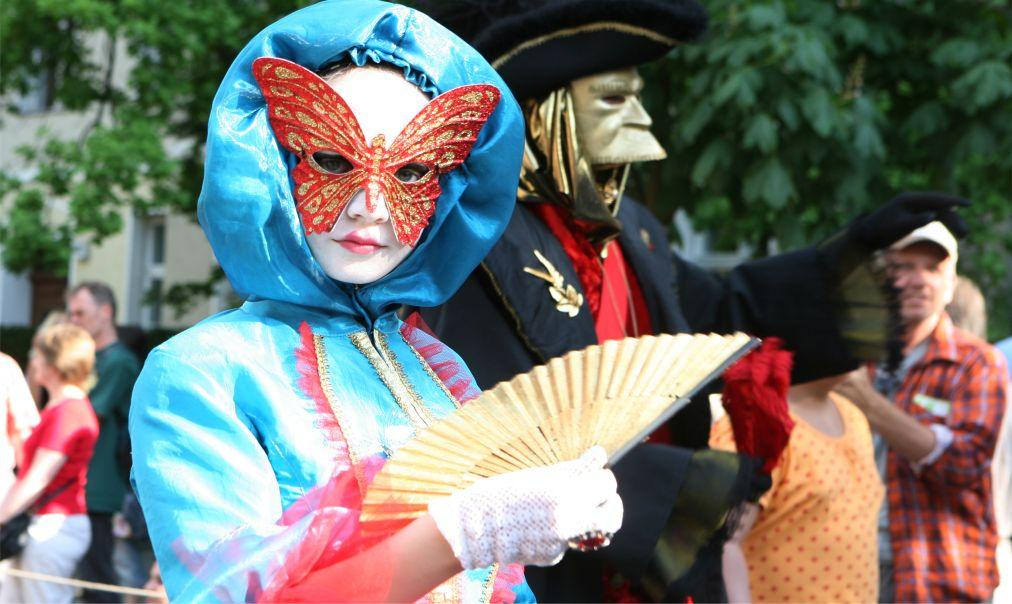 Берлинский карнавал культур 7096f544d9aacf134f18f13f4eaf5fa9.jpg
