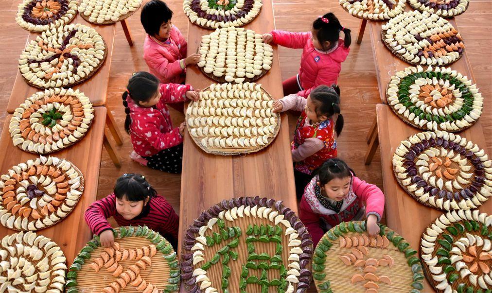 Праздник зимнего солнцестояния Дунчжи в Китае 76cbeeb10060984d3af4b136e2b283c8.jpg