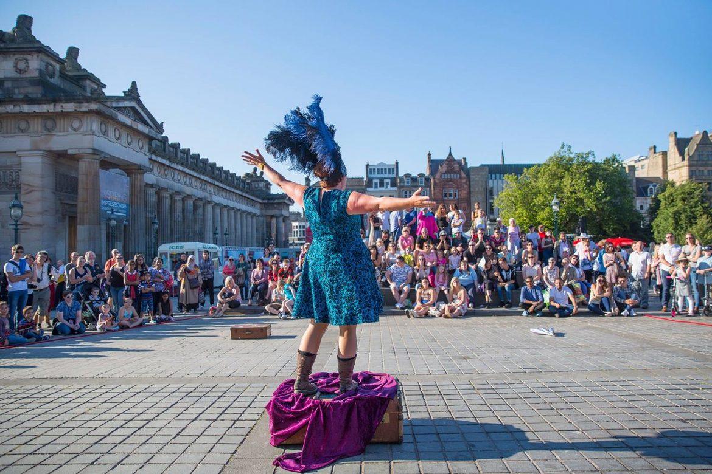 Фестиваль искусств «Фриндж» в Эдинбурге 7728cf4a08e6123488e8c3b7fa5df1db.jpg