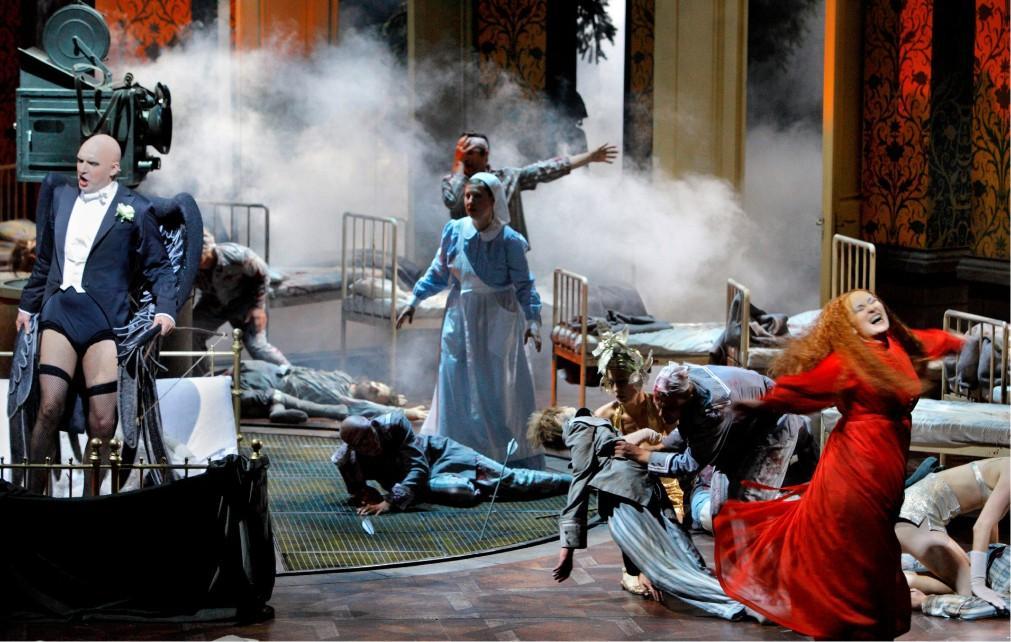 Вагнеровский фестиваль в Байройте 77abb1a8d99687026a52cff28a9cdf37.jpg