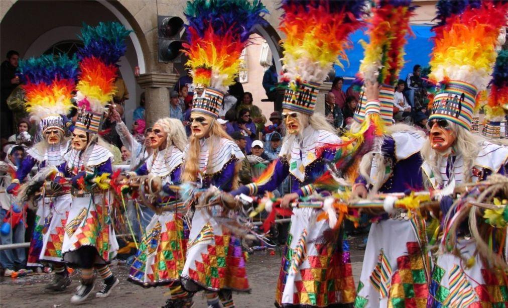 Карнавал в Оруро 7828ece975b859e524342d9b9bdc9cf8.jpg