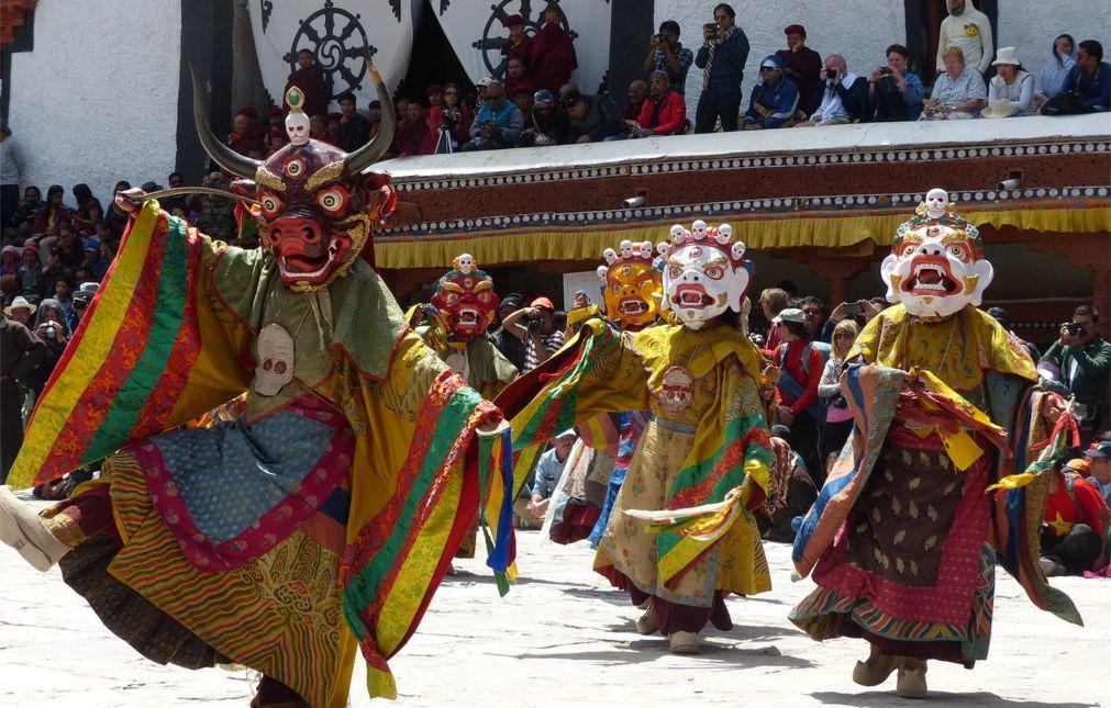Фестиваль Хемис в Ладакхе 7b70c139bffab3d01de5fa863394693d.jpg