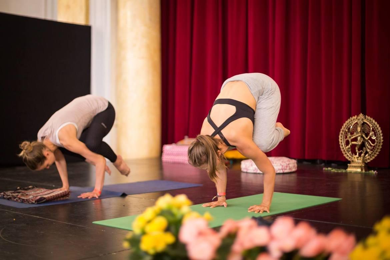 Международный фестиваль йоги в Шамони 80d5765f0ce39050e922faf602df796a.jpg