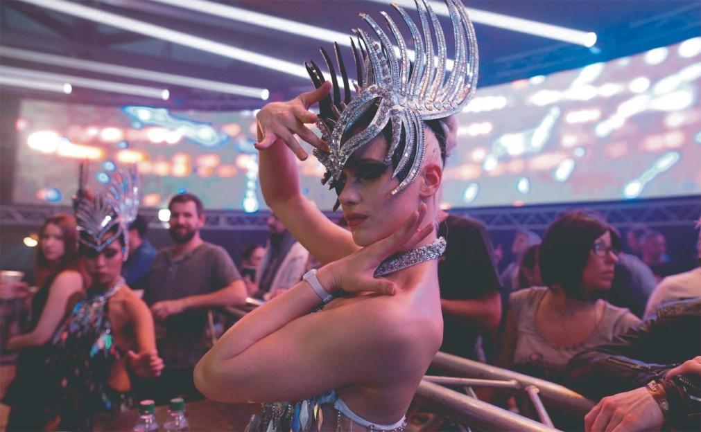 Фестиваль электронной музыки «Контакт» в Мюнхене 8379f7a541140f8e9c3a3cc505868dff.jpg