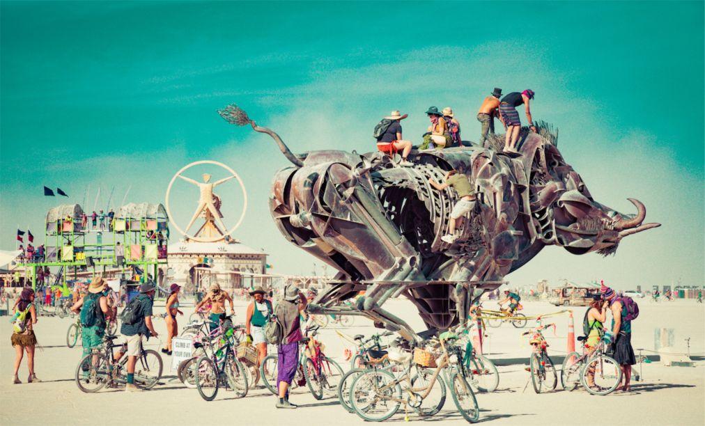 Фестиваль Burning Man в Неваде 874c3fba903d08bf149e556975b87b8c.jpg