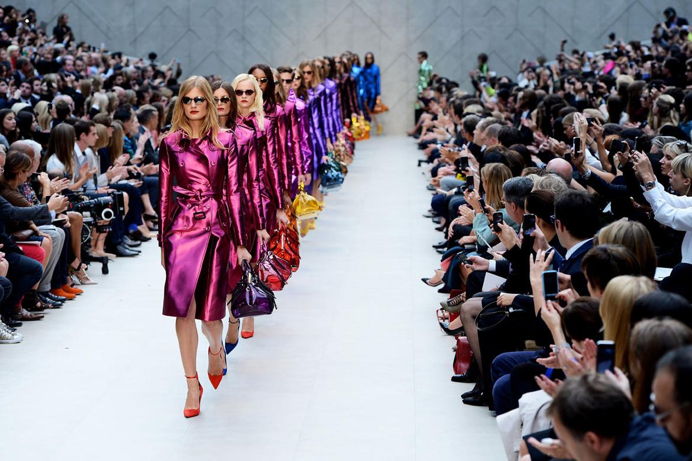 Неделя моды в Лондоне 89216e32de1a1d167379387edcc5a97e.jpg