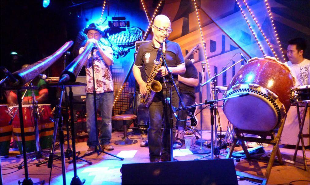 Фестиваль авангардной музыки «Длинные Руки» в Москве 8aac2780b17377749ae4a07d8a571cfc.jpg
