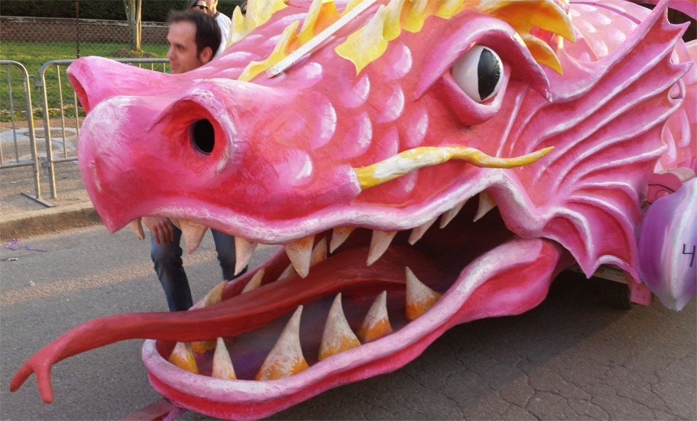 Карнавал Марди Гра в Мобиле 8b1531bd5195715ca1ae444423b02005.jpg