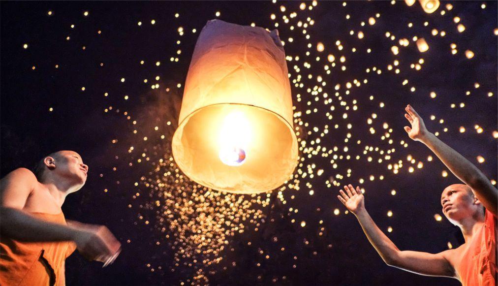 Фестиваль небесных фонариков Йи Пенг в Таиланде 8b523bd010c41bed26be4e99e22ebed4.jpg