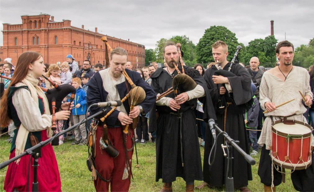 Фестиваль «Легенды норвежских викингов» в Санкт-Петербурге 8f7f5b0467cf79878b40d02891e16039.jpg