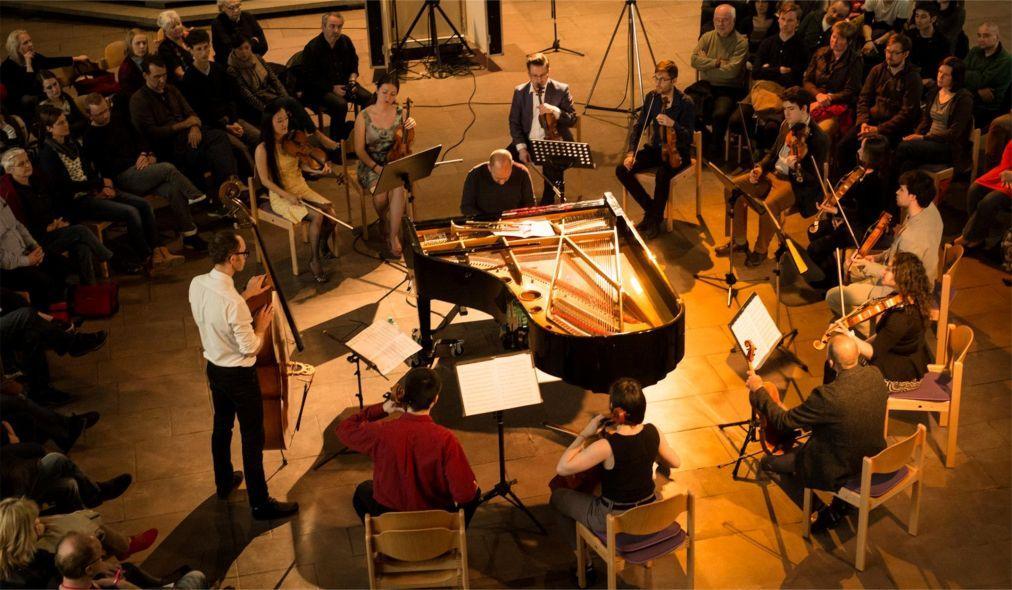Фестиваль джаза и импровизационной музыки XJAZZ в Берлине 919b7908bcfa3731808fc39c986ae7b7.jpg