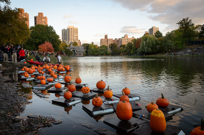 Вилладж Хэллоуин Парад в Нью-Йорке 91ca61155d2cede60d4f33ab1c0eea2d.jpg