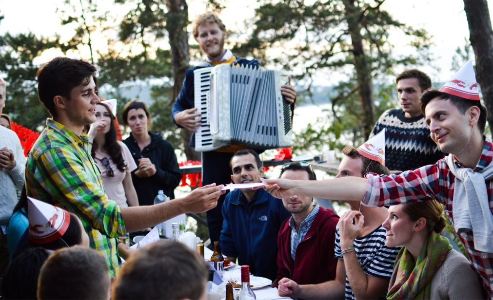 Фестиваль раков Kraftskiva в Швеции 92876ecd5df3f882891e2a79ffdc910d.jpg