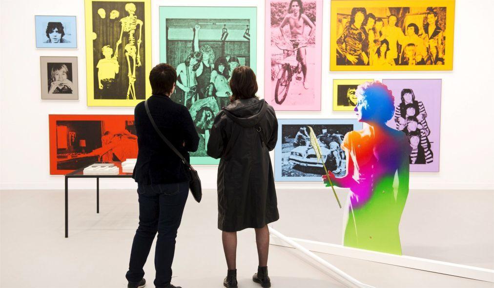 Ярмарка современного искусства Frieze Лондоне 95c44cdaea9d5f1c9bd0a6c01a3f7ee9.jpg