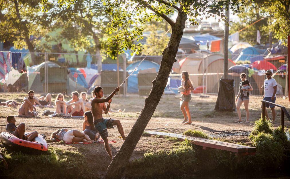 Рок-фестиваль в Паредиш-ди-Кора 963454f4b6c033b60dfd20dfa20f393e.jpg