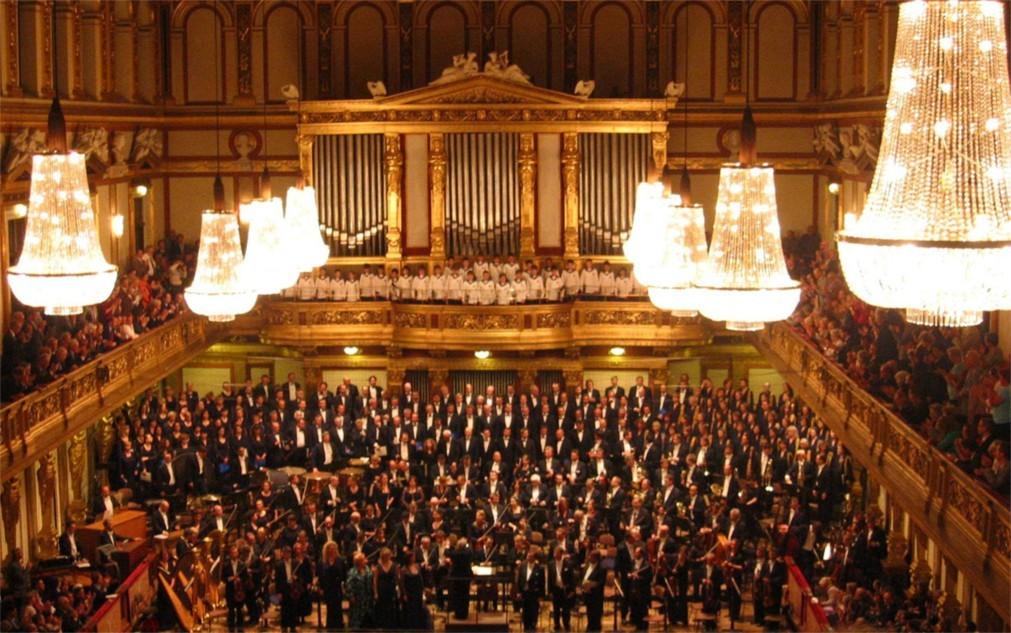 Международный музыкальный фестиваль в Стамбуле 9821edead9694fee7a3afd0187cdc2a5.jpg