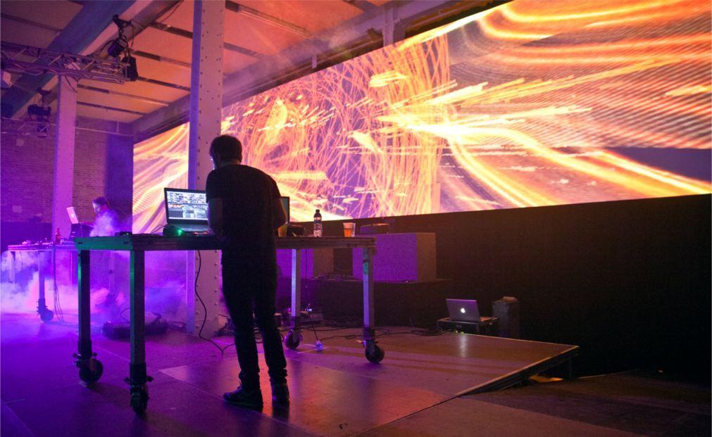 Фестиваль визуальных искусств MIRA в Барселоне 99843377d5bd7046b62259d9661ffdc7.jpg