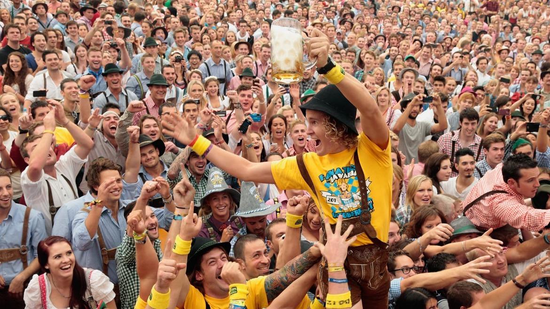 Октоберфест в Мюнхене 998c0e97cc221dfab766d48b847a7527.jpg